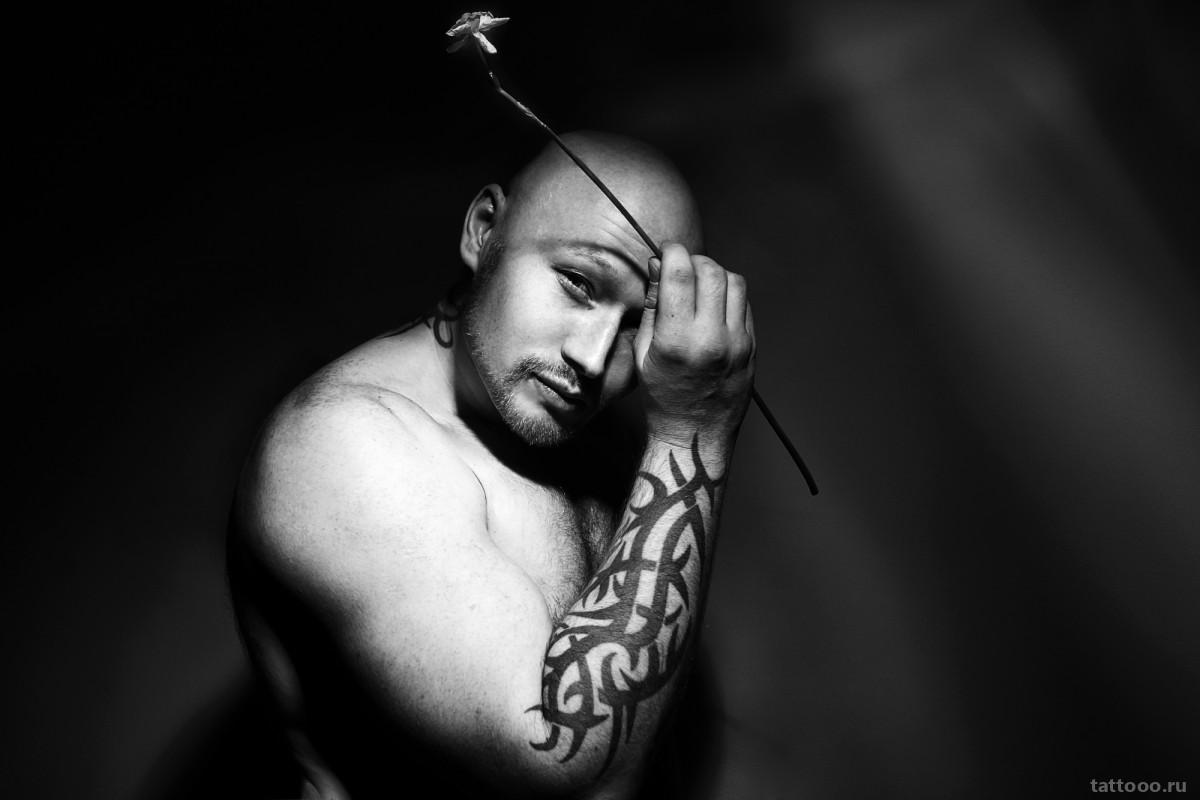 Сакральные знаки: татуировки в языческом стиле